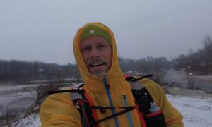 Laufen bei Schneefall an der Birs