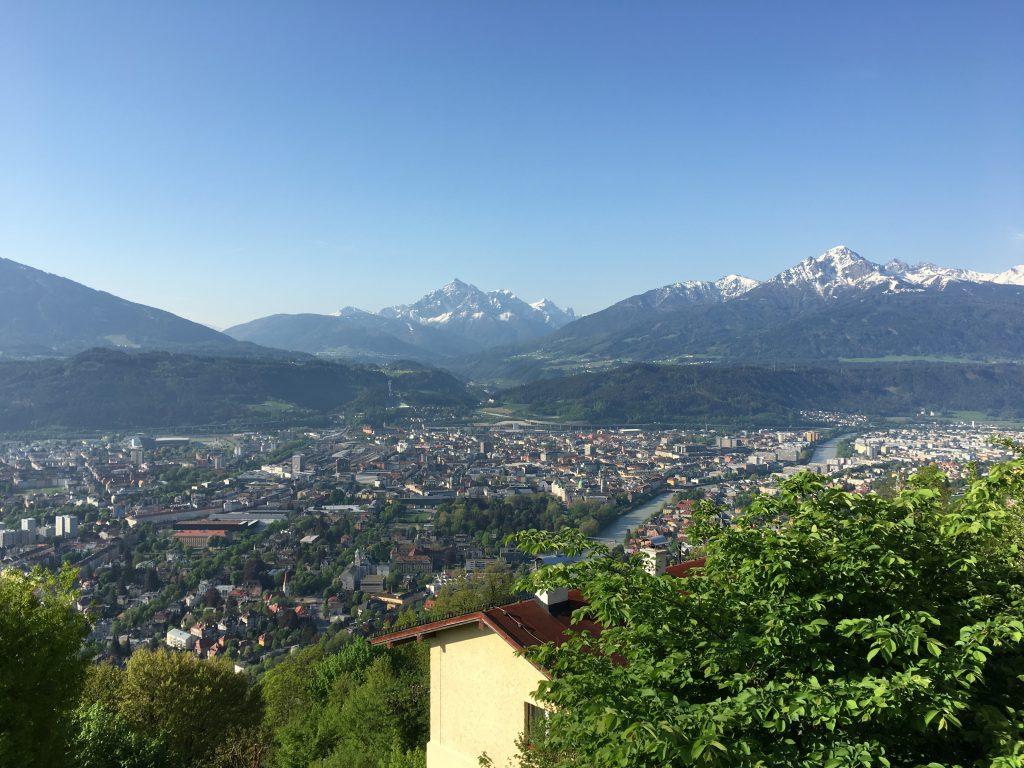 Blick auf Innsbruck von der Nordkette aus (das Bild hat Judith etwa drei Stunden nachdem ich dort war aufgenommen)