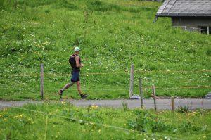 Mit schweren Beinen auf die Laufstrecke*